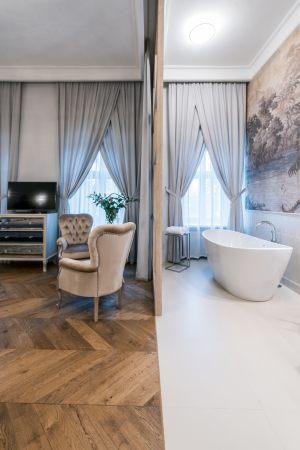 parkiet-jodelka-francuska-recznie-postarzana-w-luksusowym-apartamencie